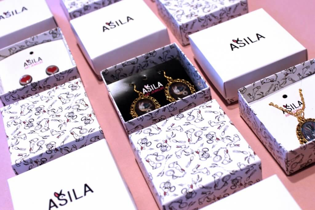 boxes with lid for jewelry and small items
