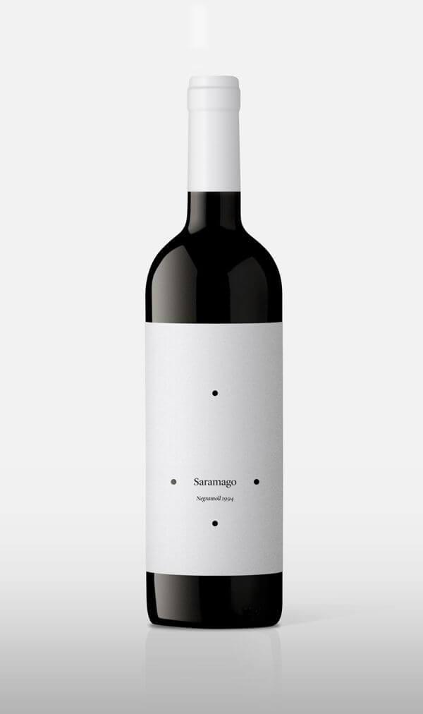 wine label designs_packhelp_wine packaging