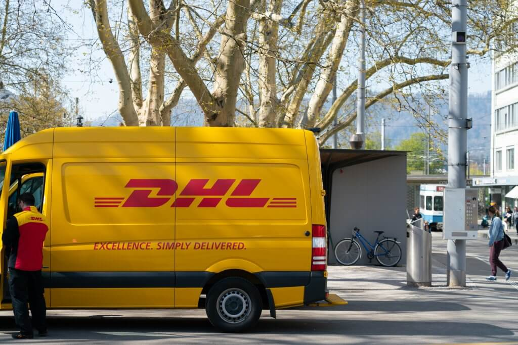 dhl courier shipping